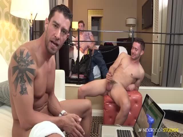 masculi cu penisuri mari tehnica orala pentru penis