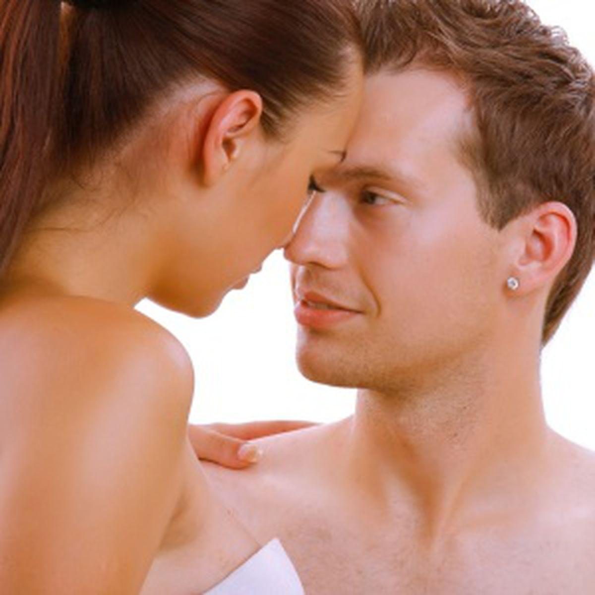 sărutarea erecției fetelor electrostimulare a erecției