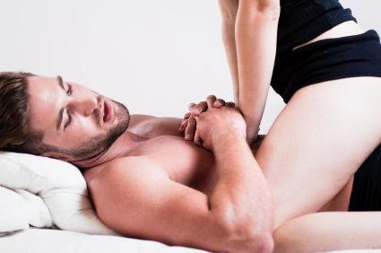nicio erecție în relații sexuale repetate)