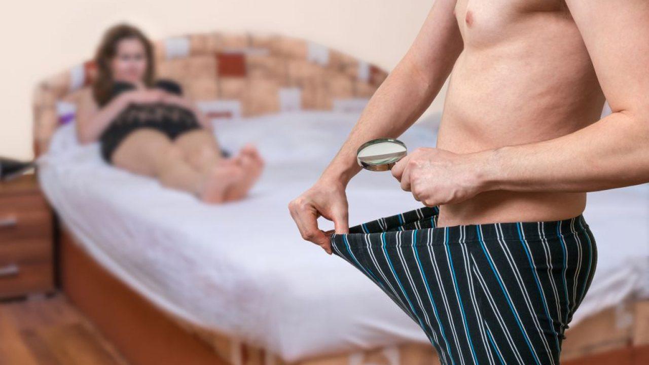 bărbați cu dimensiunea medie a penisului