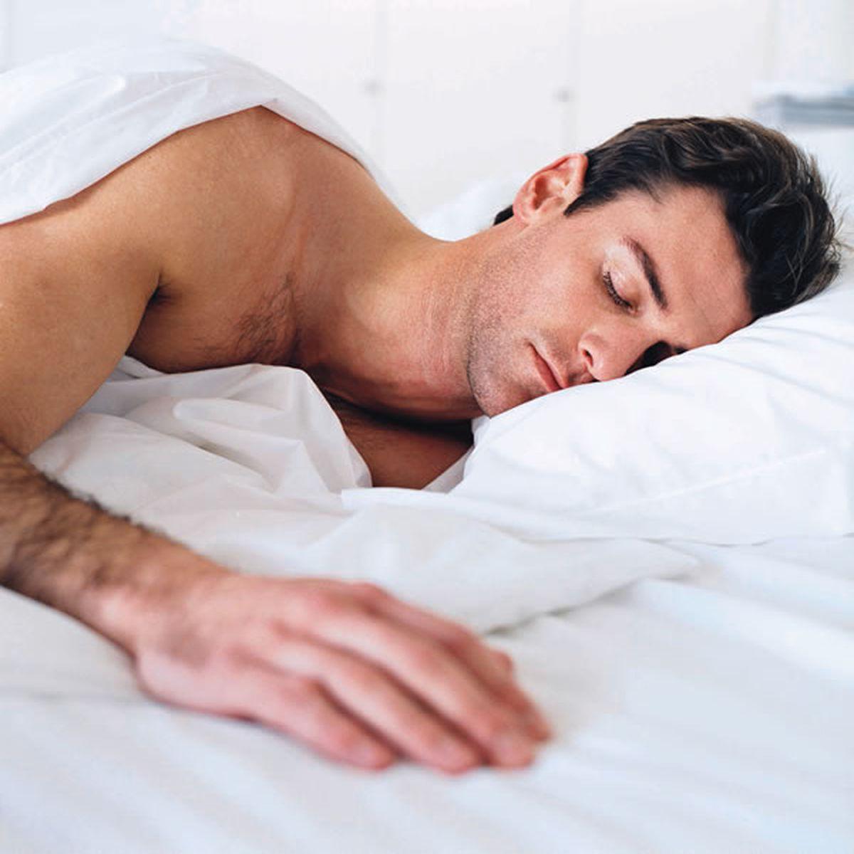 Nu am avut o erecție matinală de mult timp)