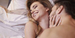 o femeie cum să ridice o erecție la un bărbat cum să întărești o erecție la 57 de ani